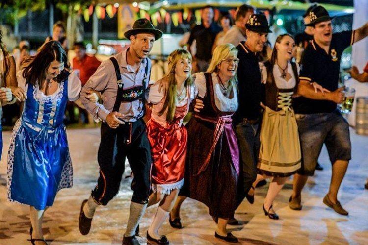 Será una noche al aire libre para disfrutar en familia, con mucho colorido, tradición, y el alegre y divertido ambiente de una verdadera Fiesta Alemana. Foto: Archivo