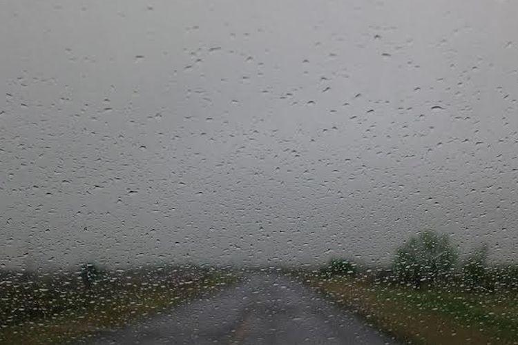 Las condiciones seguirán inestables durante toda la jornada. No descartan la caída de granizo. Si bien el pronóstico para todo el día prevé abundante caída de agua, las condiciones mejorarían para la tarde/noche. Foto: Archivo