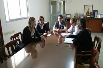 La Comuna de Santa María Centro firmó el convenio para que vecinos de dicha localidad puedan tramitar la Licencia Única de Conducir en el Centro de Habilitación de Conductores de Pilar. Foto: Comuna