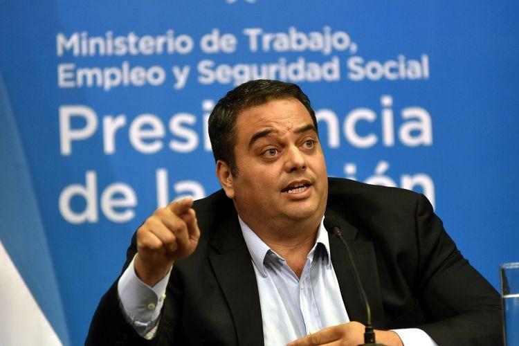 El ministro de Trabajo, Jorge Triaca, no estuvo en la reunión por encontrarse en la cumbre de la Organización Internacional del Trabajo (OIT) y sabe de la inquietud sindical por la pérdida del salario real debido al aumento de la inflación mayor a la meta prevista. Foto: Agencia