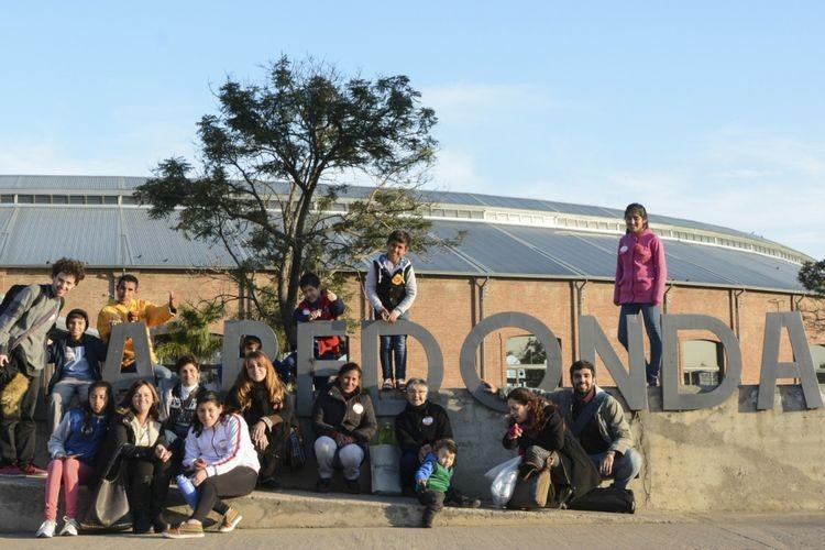 """Todos los miércoles, jueves y viernes los colectivos partirán desde distintas localidades de la provincia para visitar Rosario y Santa Fe. Además, un nuevo formato de viaje: los """"Paraperiplos"""", sorprendentes recorridos a pie. Foto: Gobierno"""