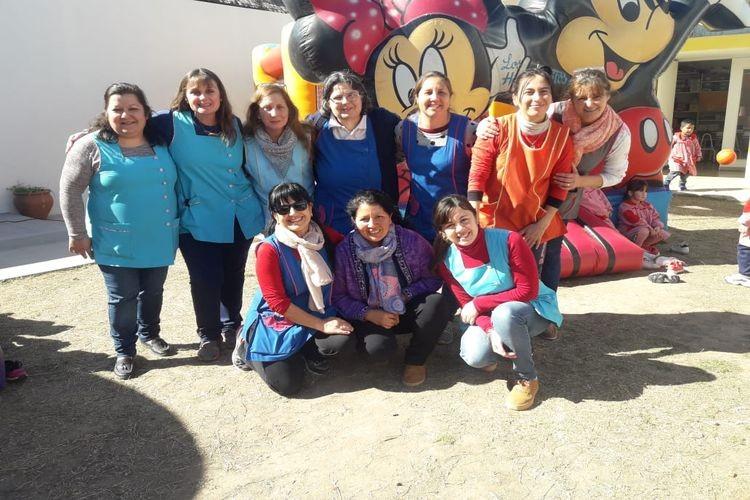 En esta oportunidad la promoción de los derechos del niño, la diversión y el encuentro fraternal llegó al Jardín N° 98 Laureano Maradona de la Ciudad de Esperanza. Foto: Prensa Pirola