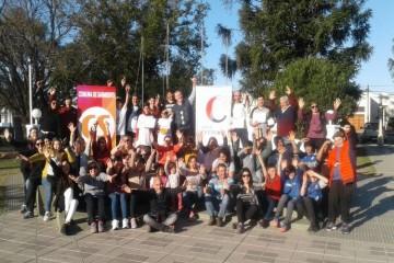 El certamen cuenta con competencias locales, luego regionales y la gran final que será en la ciudad de San Jorge (en septiembre) posibilitando que los participantes recorran la primera fábrica argentina de Bolitas de Cristal. Foto: Ente Cultural