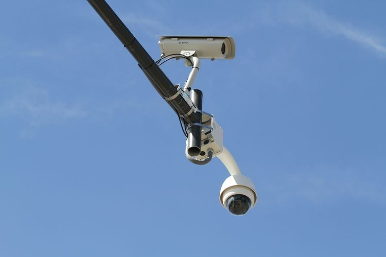 """""""Quedó demostrado que el monitoreo en tiempo real que se efectúa con nuestras cámaras ayuda y mucho en la resolución de los delitos, por eso vamos a seguir creciendo, vamos a seguir instalando más cámaras en diferentes puntos estratégicos de la ciudad"""", cerró el Secretario de Gobierno, Alfonso Gómez. Foto: El Litoral"""