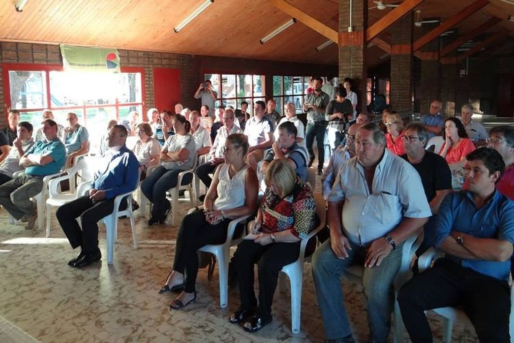 El encuentro, que fue conducido por Javier de la Peña, presidente de AUT, tuvo lugar en las instalaciones que posee la Cooperativa en la localidad de Franck. Foto: AUT