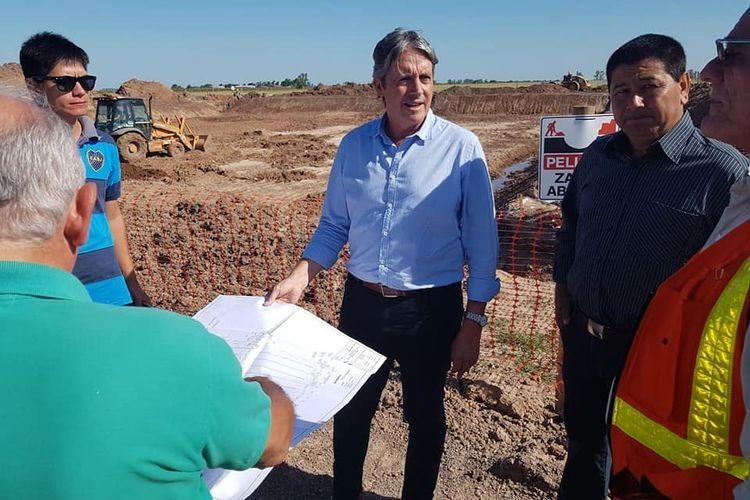 Allí el Ingeniero Garibay visitó las instalaciones a los fines de interiorizarse del avance de obra. Foto: Comuna