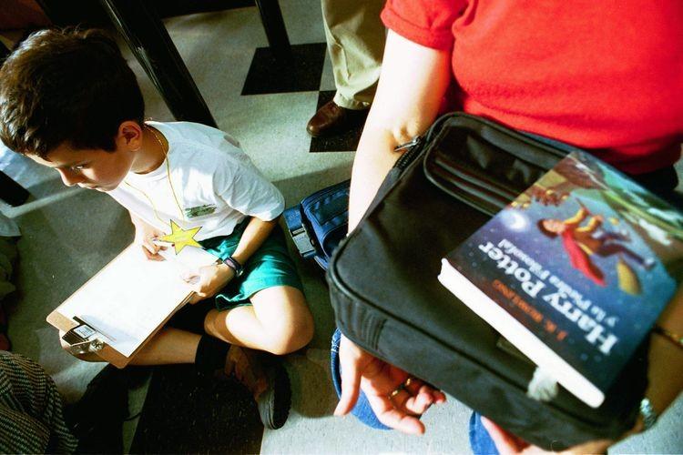 TALLER DE LECTURA Y ESCRITURA: desde los 8 años de edad en adelante, sin límite.  Dictado por Juan Ignacio Novak.  Martes de 18 a 20 horas a partir del 9 de abril. Foto: Agencia